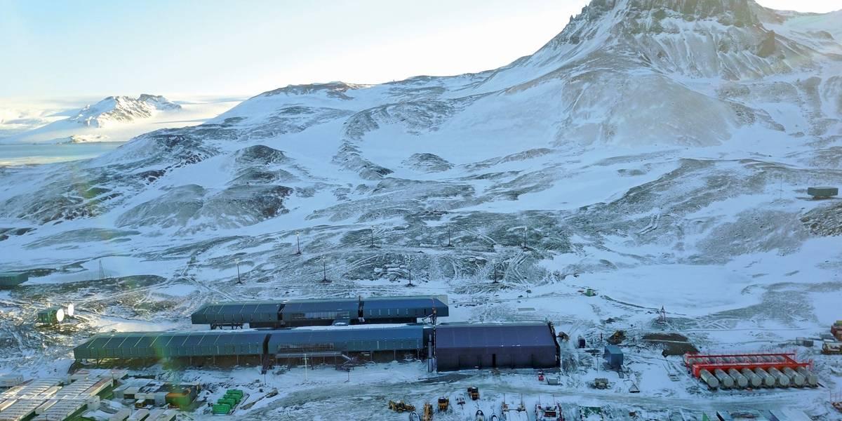 Marinha reinaugura estação Comandante Ferraz, na Antártica
