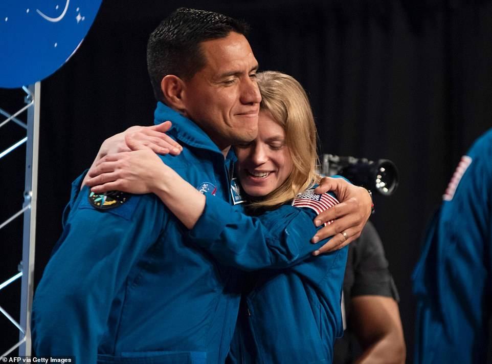 La NASA elige al grupo de trece de astronautas que viajará a Marte con el programa Artemis