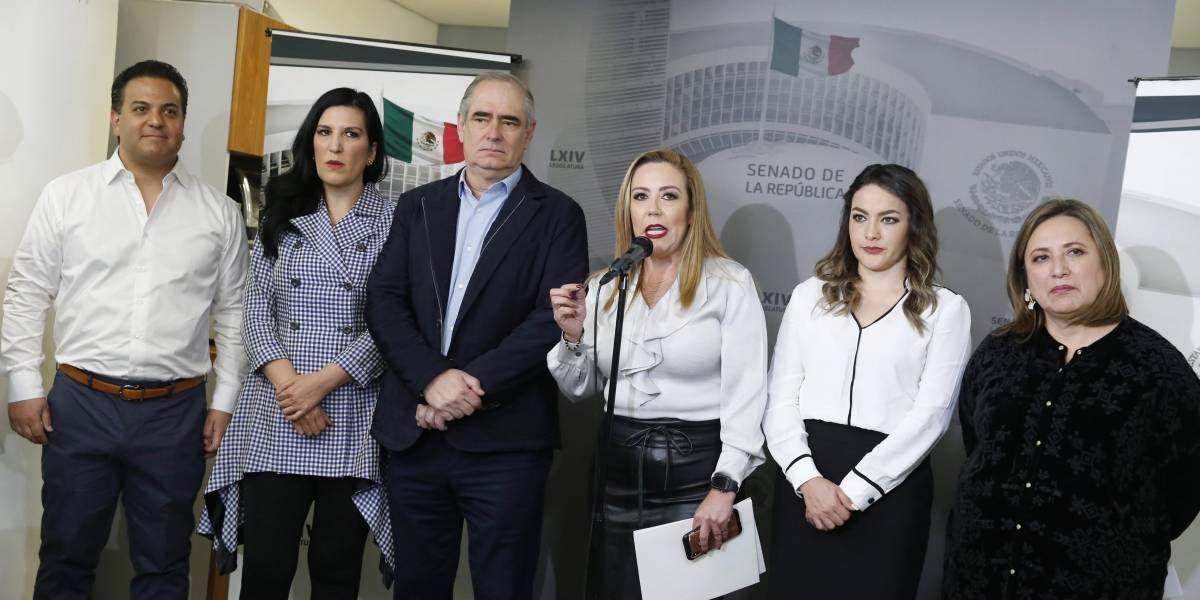 Senadores del PAN exigen periodo extraordinario para legislar sobre Insabi