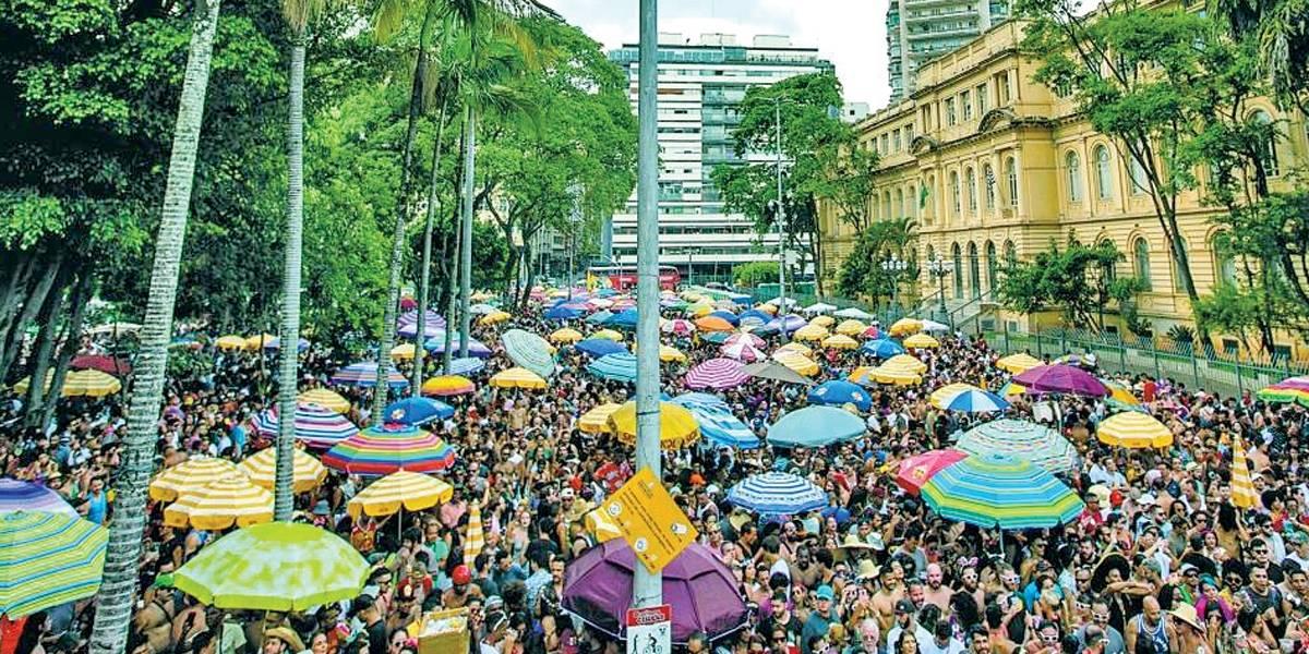 Carnaval em São Paulo: cadastro de ambulantes para venda de bebidas abre nesta quinta