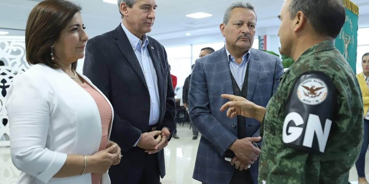 Se reúnen alcaldes con autoridades militares para ver avances de las sedes de la Guardia Nacional