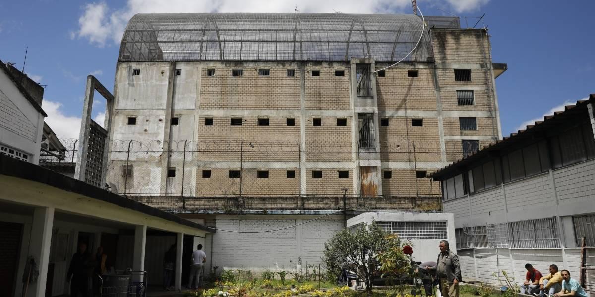 ¿Está Bogotá en una crisis de hacinamiento en sus estaciones, cárceles y URI?