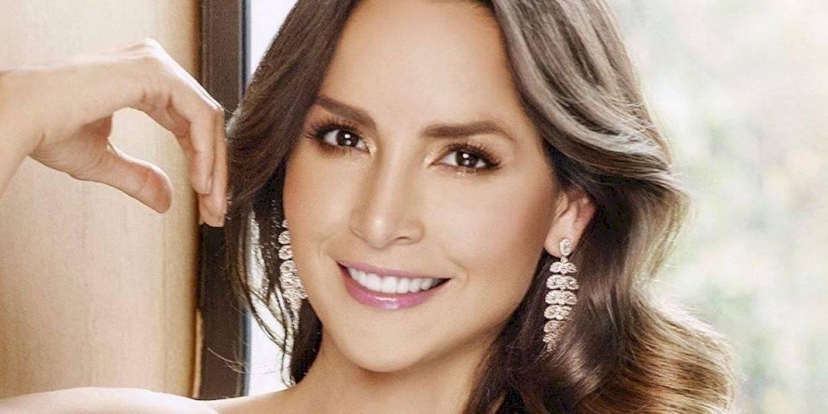 En un atrevido body, Carmen Villalobos presume de su cambio de look