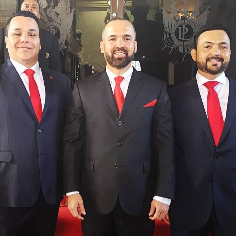 Hermanos Rivera, Congreso