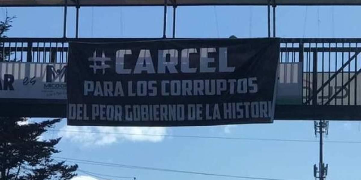 En Quetzaltenango despiden al Gobierno saliente con mantas