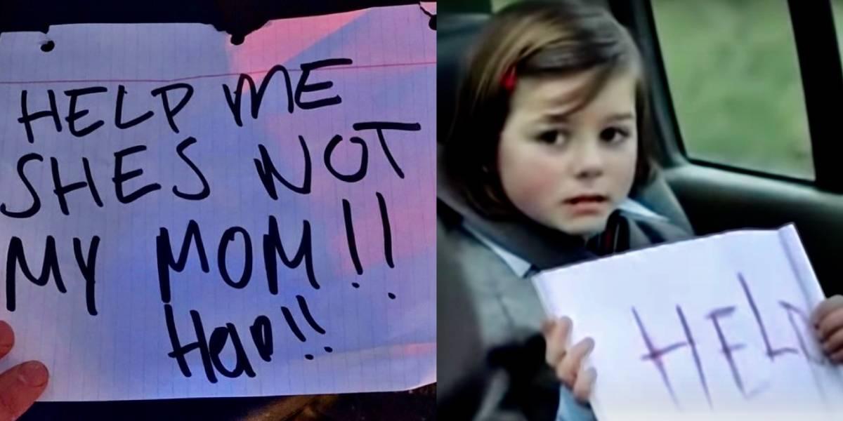 """""""¡Ayúdenme, ella no es mi mamá!"""": niña muestra letrero desde un auto, policía lo detiene, ¡pero era una broma!"""