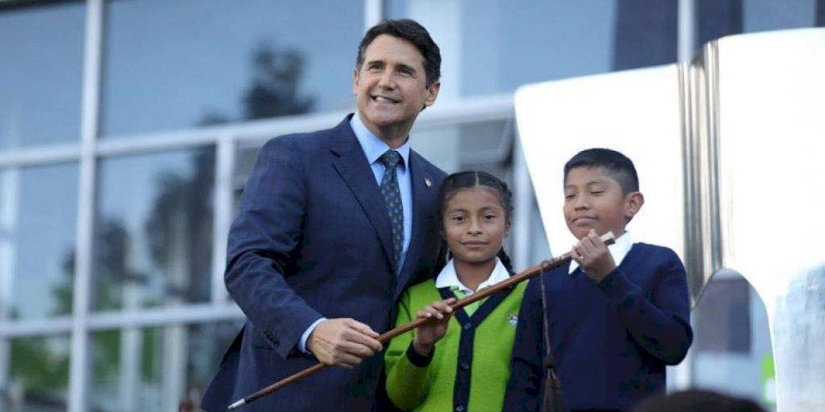 Ricardo Quiñónez toma posesión como alcalde de la Ciudad de Guatemala
