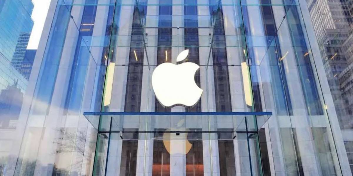 Donald Trump acusa a Apple de negarse a desbloquear iPhones de delincuentes