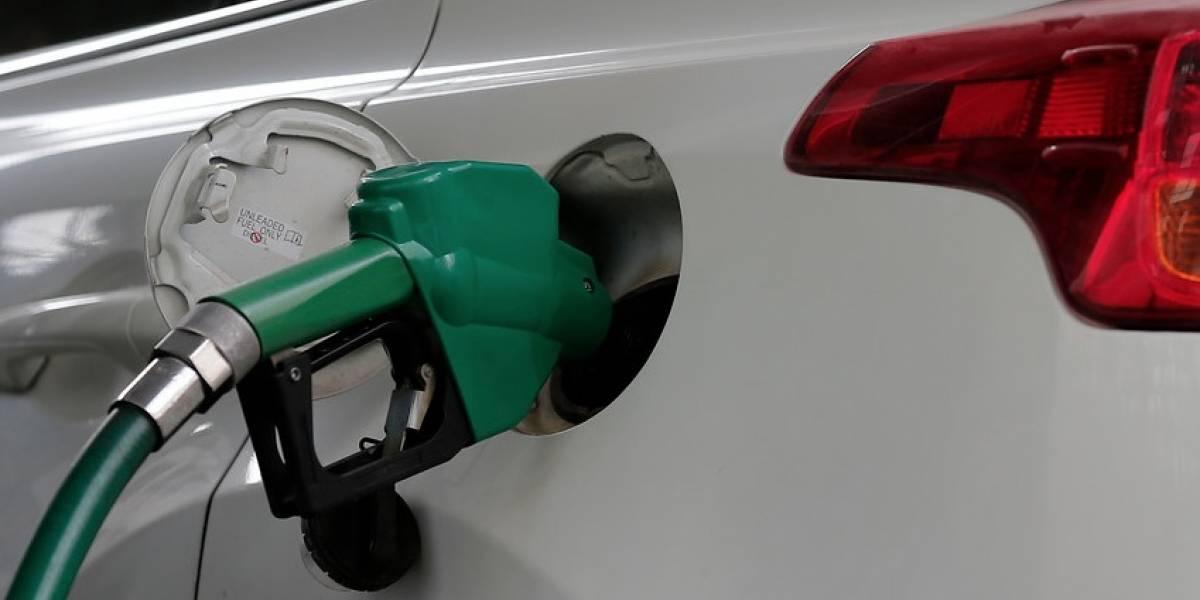 Las bencinas no paran de subir: Por octava semana consecutiva aumenta el costo de los combustibles