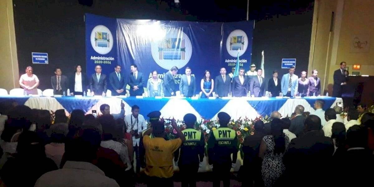 FOTOS. Jornada de cambio de autoridades transcurre sin incidentes en el interior