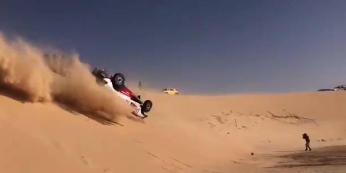 VIDEO: Fernando Alonso sufre accidente durante el Dakar 2020