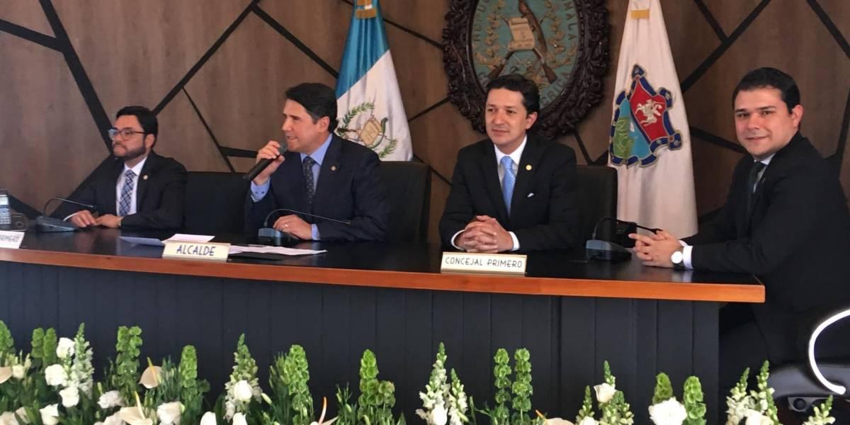 Ricardo Quiñónez toma posesión como alcalde y juramenta equipo de trabajo
