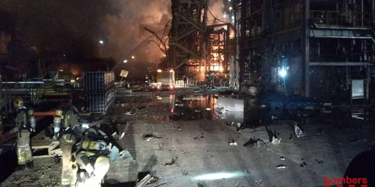 Sube a dos la cifra de muertos por explosión en planta química en España