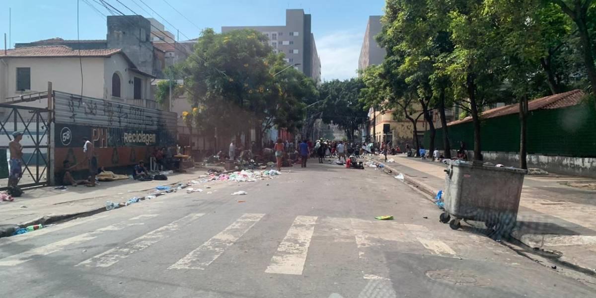 Cracolândia tem tumulto com disparo e objetos incendiados; PM fica ferido