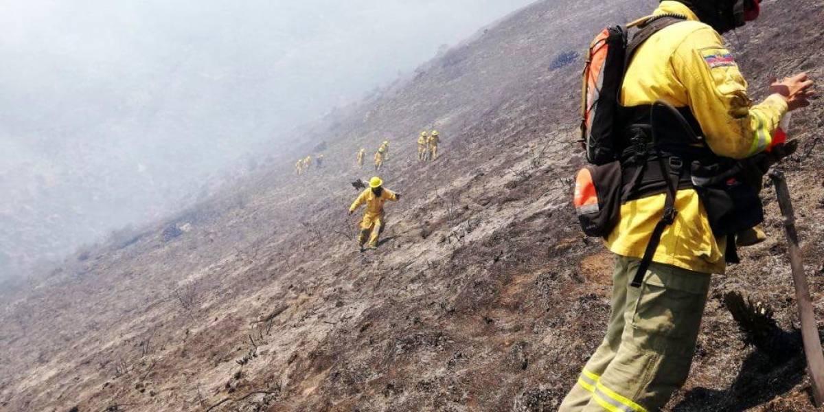 Se desmiente alerta de evacuación de Pomasqui por incendio en cerro Casitagua