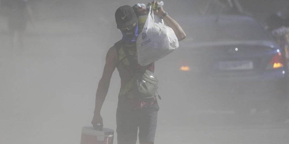 Sismos del volcán Taal en Filipinas hacen huir a más gente
