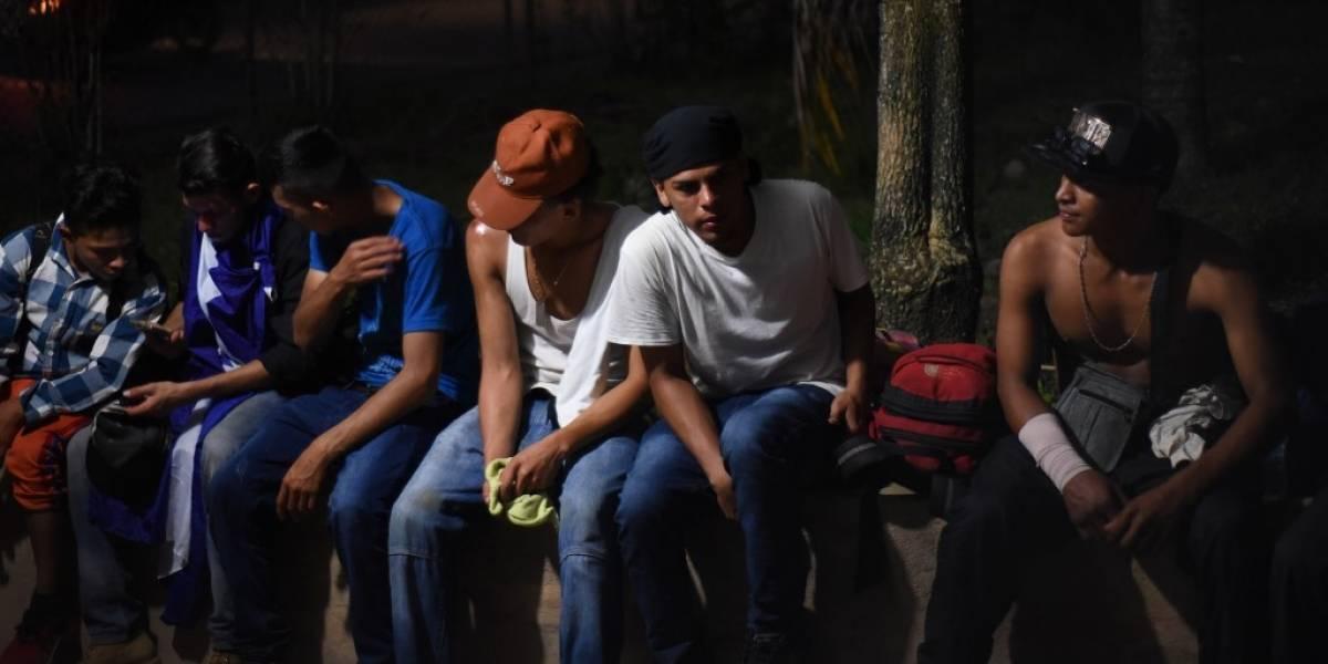 Grupos de migrantes ya se encuentran en fronteras de Guatemala con Honduras