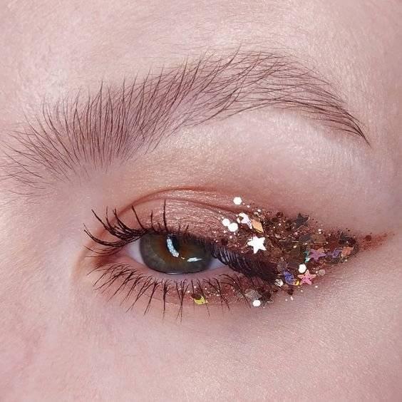 Maquillaje de ojos con glitter
