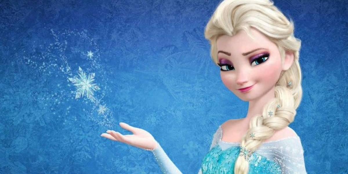 ¡Aterrador! Muñeca de Frozen causa pánico al hablar en español y sin baterías