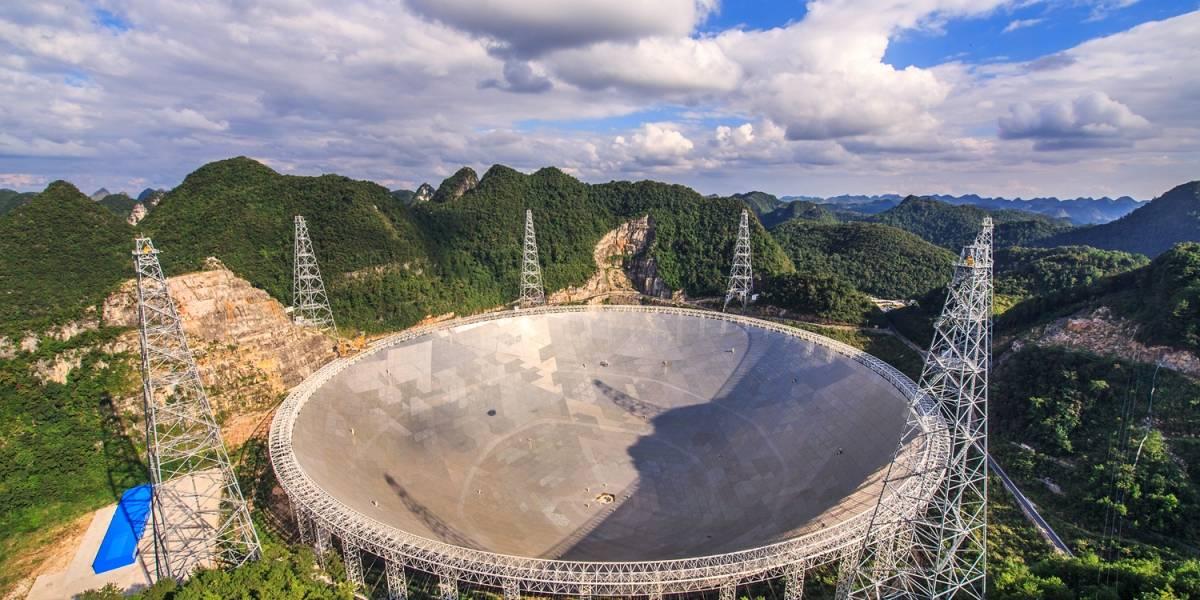 China presenta telescopio de 500 metros para indagar sobre origen del Universo
