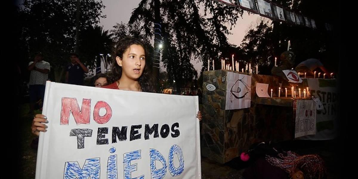 Lo que no se vio en TV: Festival de Olmué restringió las pancartas y vivió manifestaciones en las afueras del Patagual