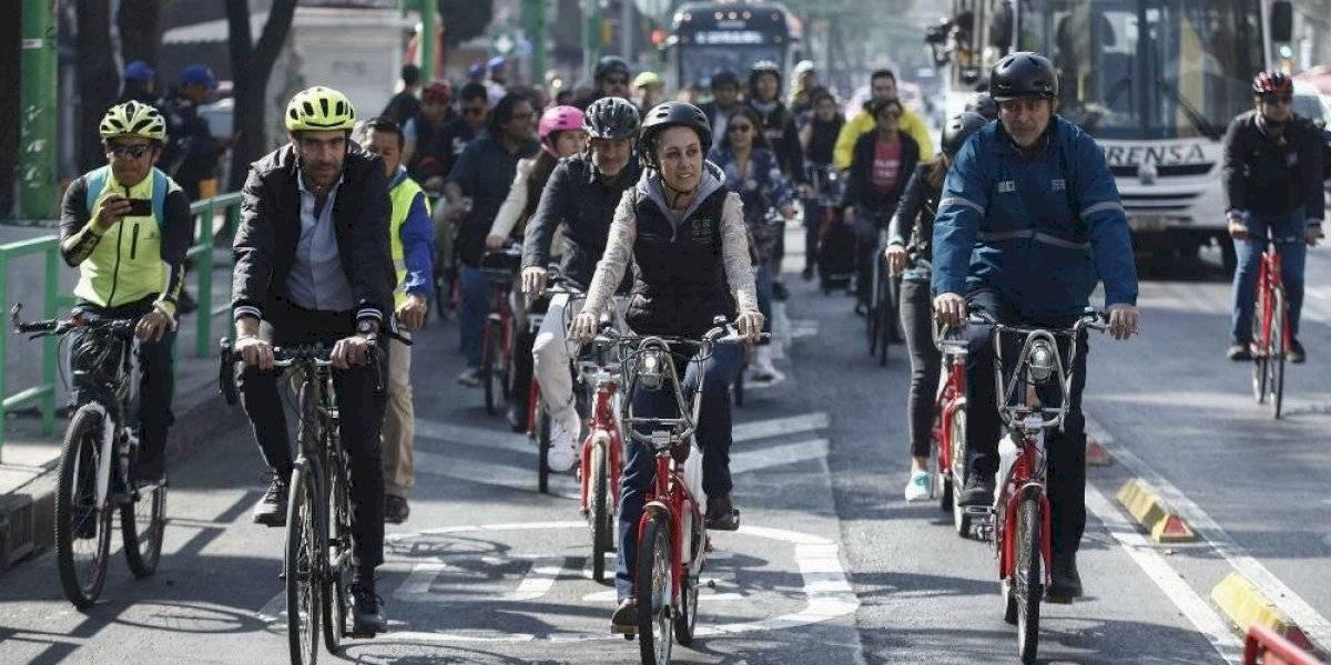 Ciclistas y trolebús pueden circular en el mismo carril sobre Eje Central