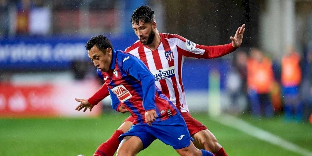 Con Fabián Orellana en cancha: Eibar derrotó al Atlético de Madrid con regreso del chileno tras suspensión