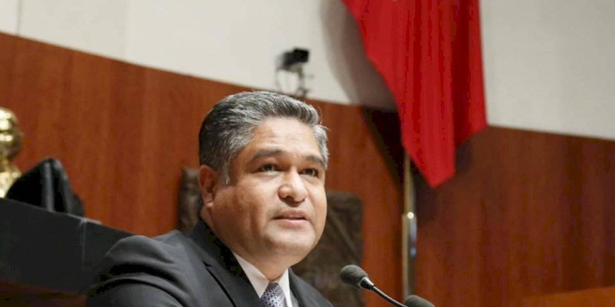 Bronco es corrupto, inepto y perezoso: Víctor Fuentes
