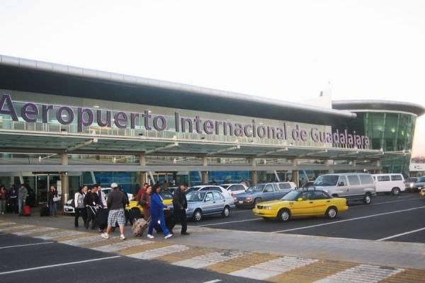 Esperan en breve solución al conflicto del aeropuerto de Guadalajara