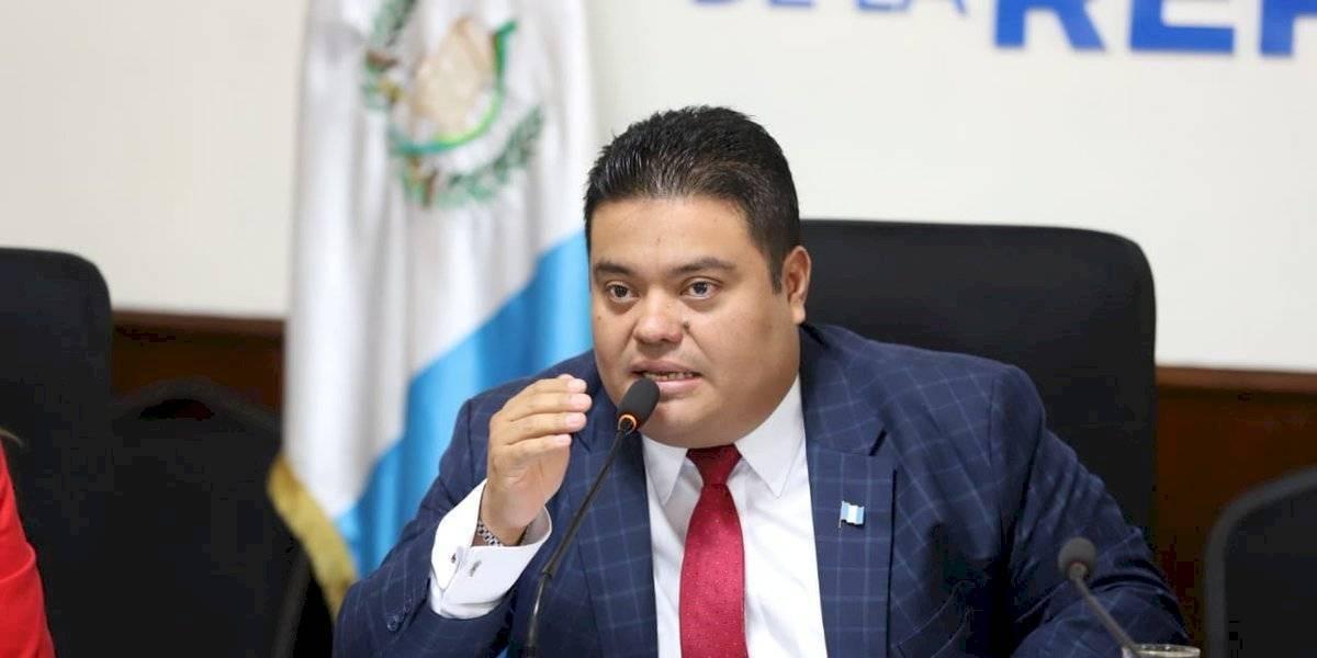 Allan Rodríguez se pronuncia por adquisición de ducha portátil en el Congreso