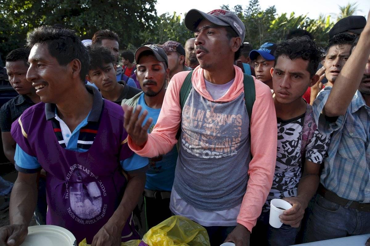 Un grupo de migrantes hondureños salió el miércoles pasado hacia la frontera con Guatemala