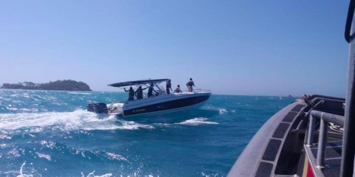 Embarcación con 12 ocupantes se volcó en Islas del Rosario