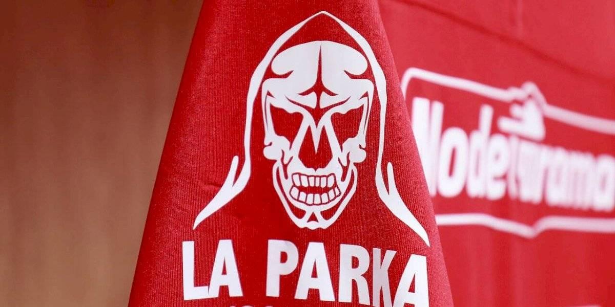 Toluca realiza homenaje a La Parka en partido contra Necaxa