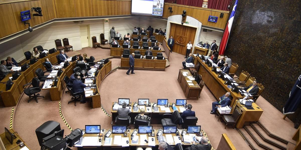 Duro golpe al Gobierno: aprueban sin monto Ingreso Familiar de Emergencia