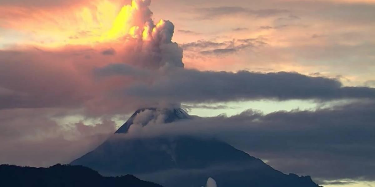 Se visualiza expulsión de lava del volcán Sangay: autoridades estarán monitoreando