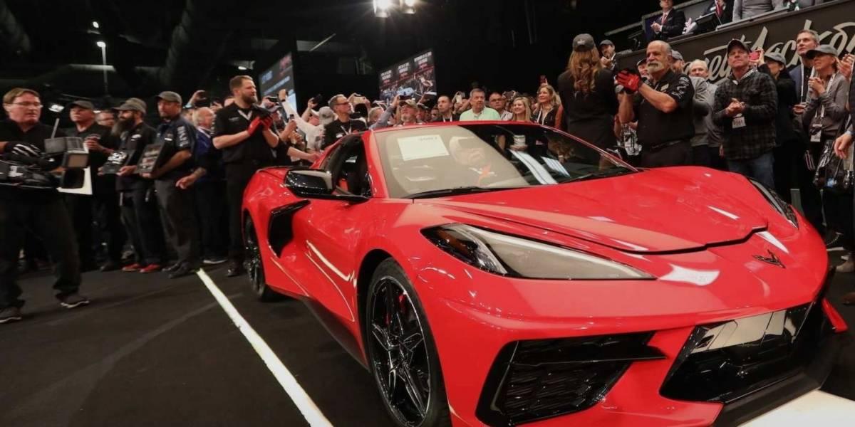 El primer Corvette de nueva generación subastado por una millonada