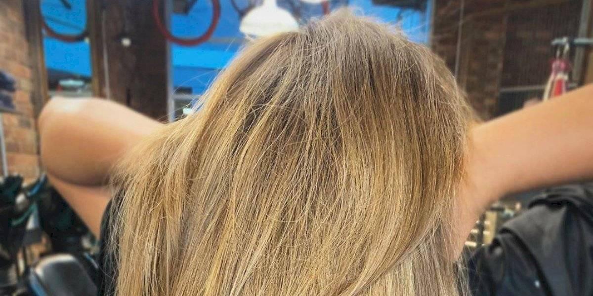 Máscara de argila branca para controlar a oleosidade do cabelo