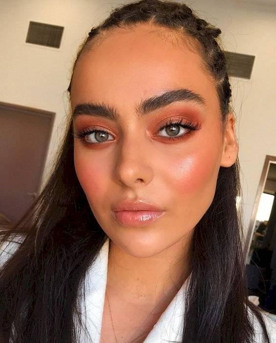 Maquillaje monocromático