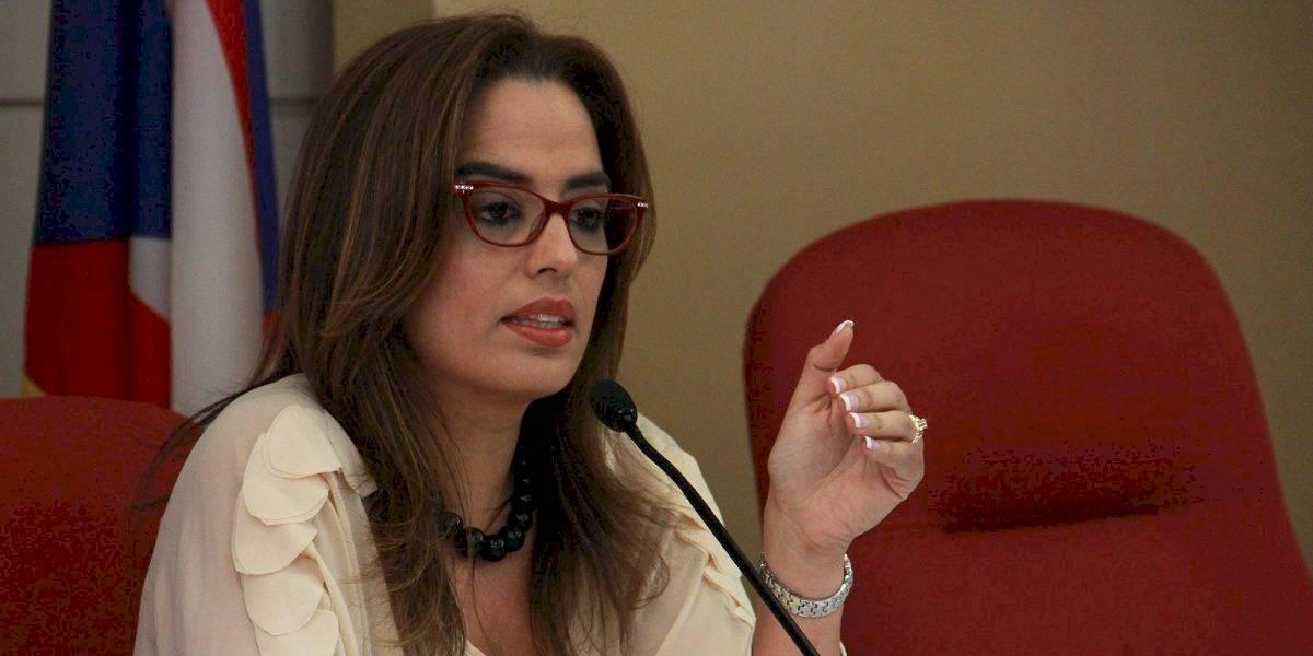 """Rossana López exige """"consecuencias"""" por medicamentos expirados en San Juan"""