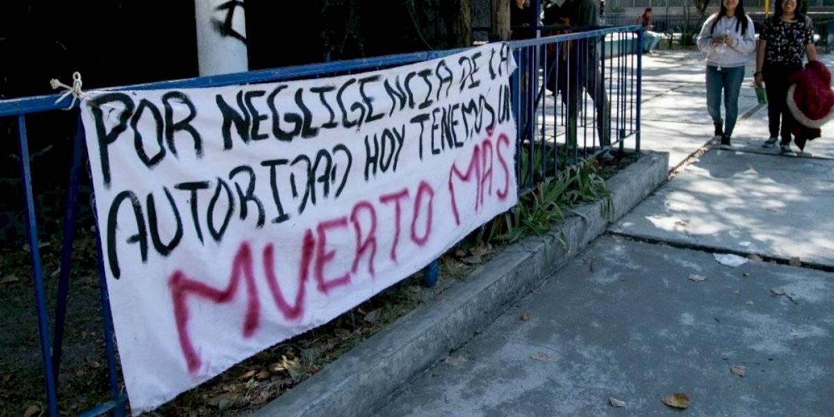 Estudiantes piden mejorar servicio de emergencia en CCH Azcapotzalco