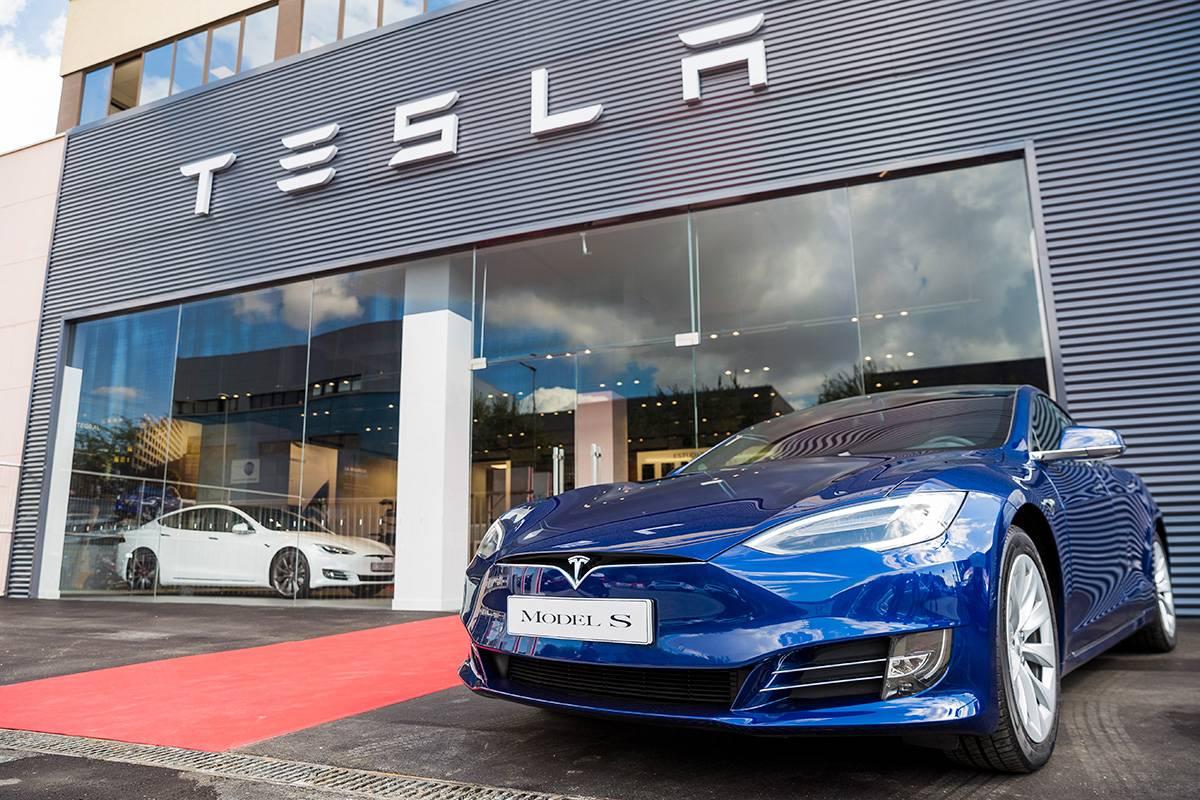 compañía Tesla