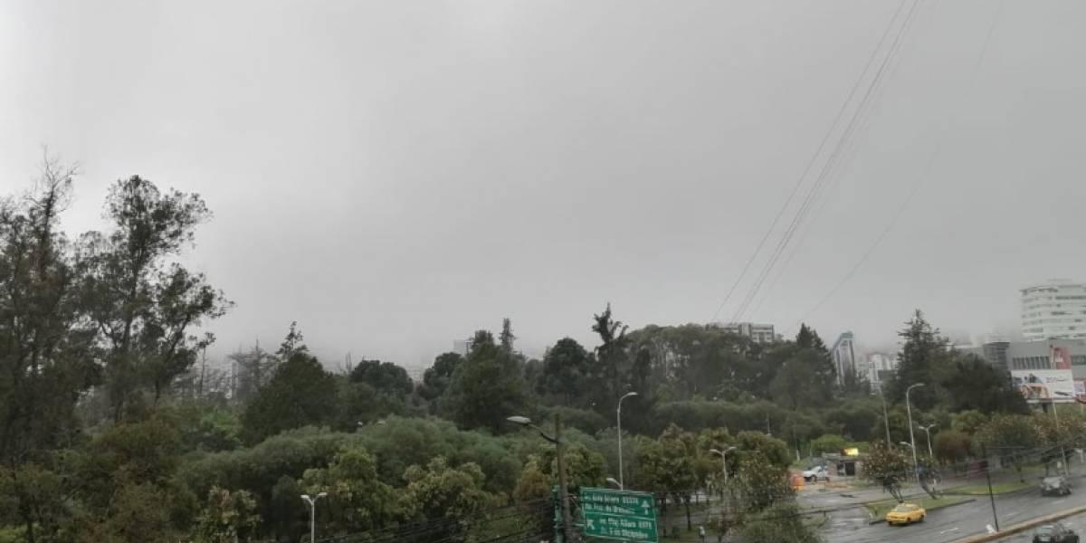 Inamhi: Lluvias y niebla en Quito este 22 de enero