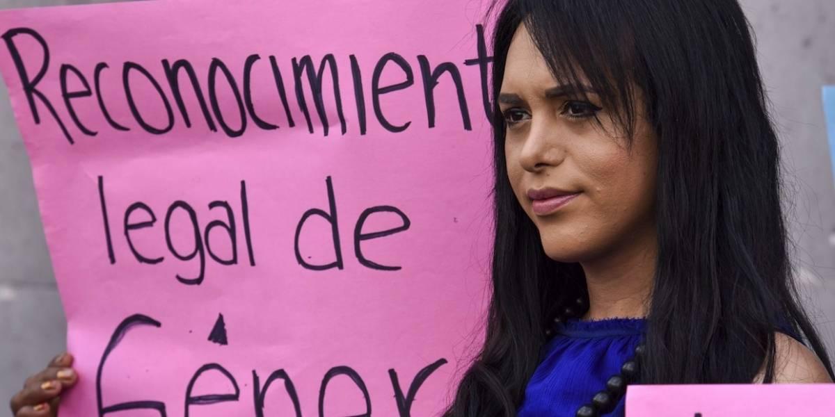 Van contra Ley de Infancia Trans en CDMX
