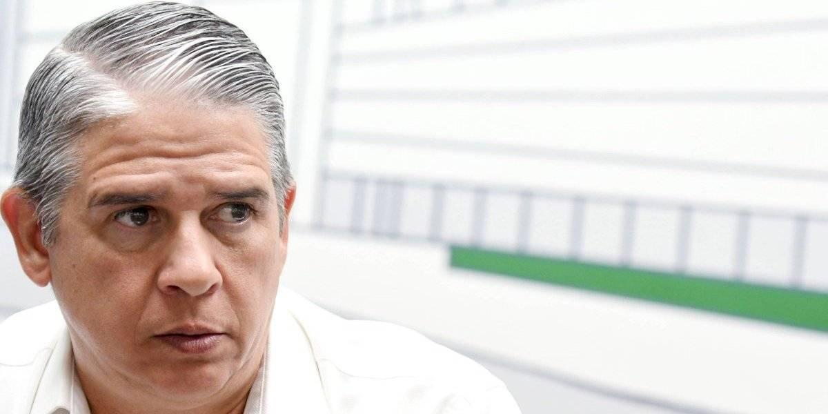 Carlos Acevedo dice lo despidieron por negarse a contratar empresa cercana a la campaña de Wanda Vázquez