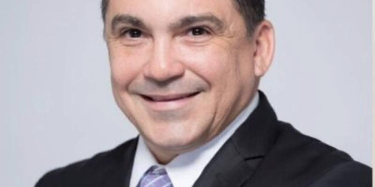 Comisionado de Seguros presenta carta de renuncia