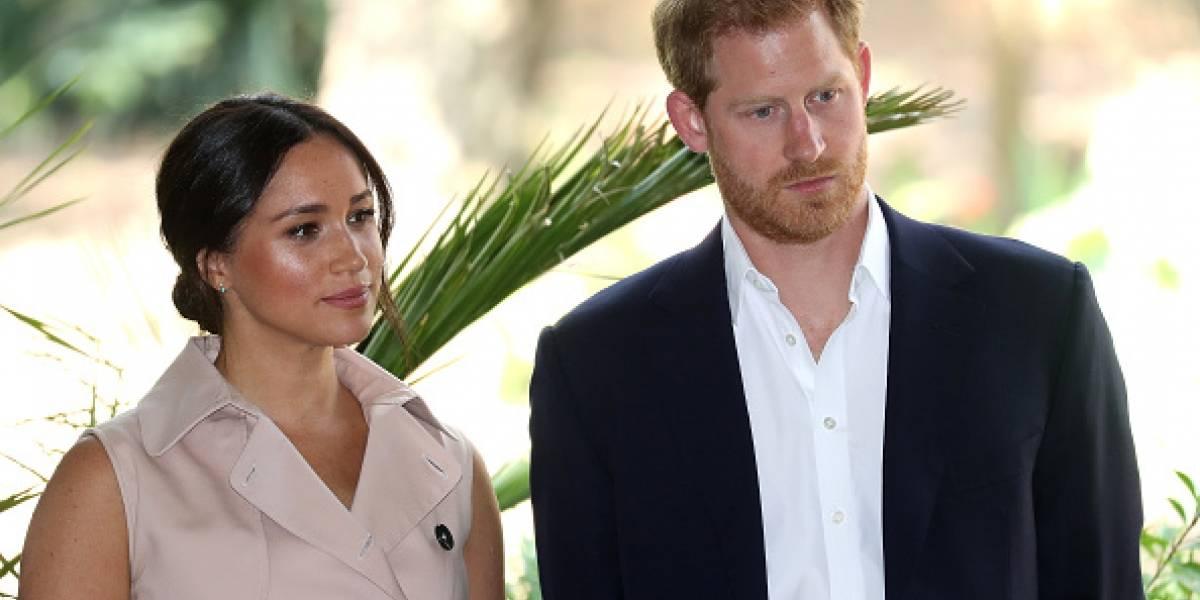 """Meghan Markle y el príncipe Harry dijeron """"¡presente!"""" en una clase de poesía"""