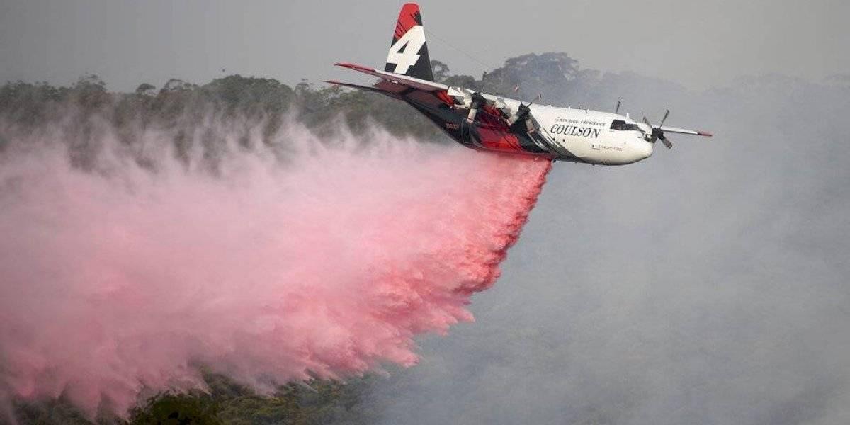 Tres bomberos mueren tras estrellarse avión cisterna con el que combatían los devastadores incendios en Australia