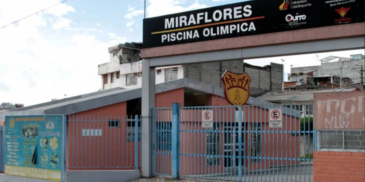 Triatleta de 13 años se intoxicó con cloro en la piscina de la Miraflores