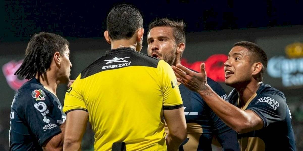 Critican a Barragán por permitir expulsión a compañero que merecía él