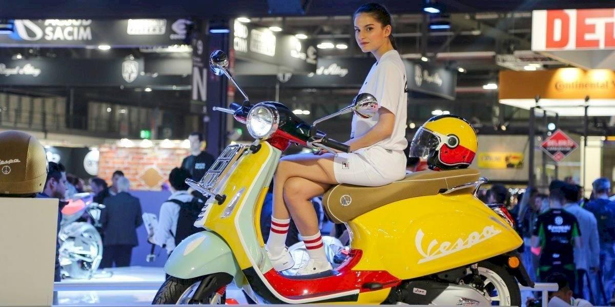 Vespa muestra en Milán su rupturista Primavera Wotherspoon